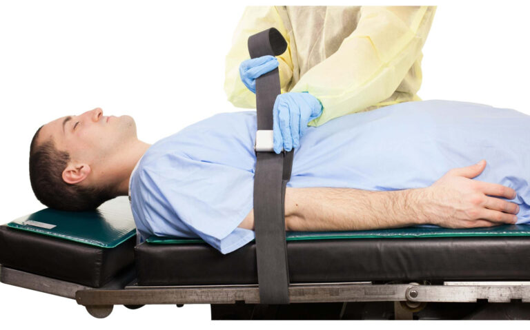 Rubber Patient Restraint Strap with 1 Buckle in Use
