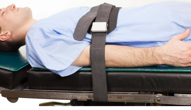 Rubber Patient Restraint Strap with 2 Buckles